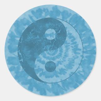 青い絞り染めの陰陽 ラウンドシール
