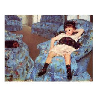 青い肘掛け椅子のファインアートのメリーCassatt女の子 ポストカード