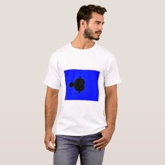 青い背景のMandelbrotのフラクタルのTシャツ Tシャツ