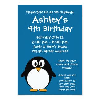 青い背景を持つかわいい漫画のペンギン カード
