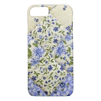 青い花のパッチワークキルト iPhone 8/7ケース