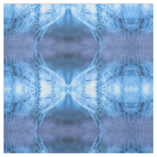 青い蜘蛛の巣の興味深いパターンが付いている綿 ファブリック
