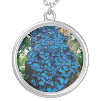 青い蝶ネックレス シルバープレートネックレス