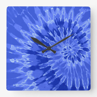 青い螺線形の絞り染めの時計のロイヤルブルー スクエア壁時計