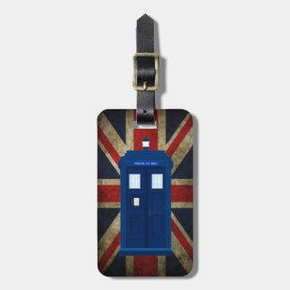 青い警察は箱のイギリスのイギリスの英国国旗の旗に電話をかけます ラゲッジタグ