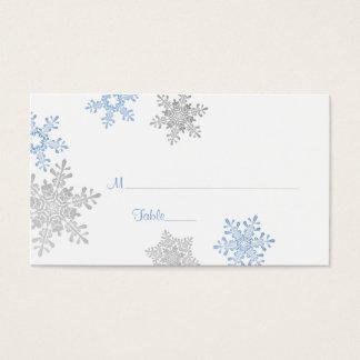 青い銀製の雪片の冬の結婚式の座席表 名刺