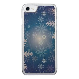 青い雪片のクリスマスパターン CARVED iPhone 7 ケース