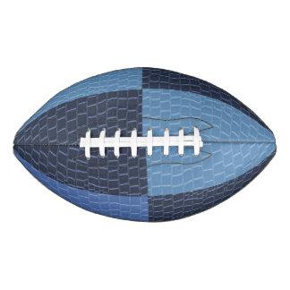 青い革パッチのデザイン アメリカンフットボール