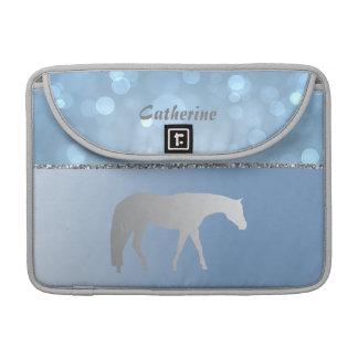 青いBrokehの銀製の西部の喜びの馬 MacBook Pro スリーブ