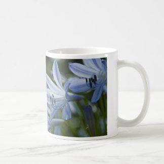 青いHostAのトランペット コーヒーマグカップ