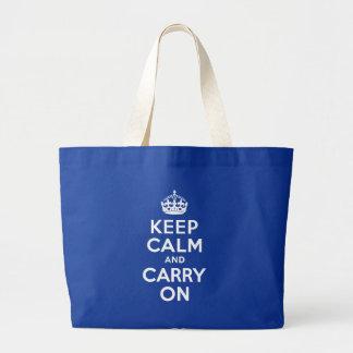 青いKeep Calm and Carry On ラージトートバッグ