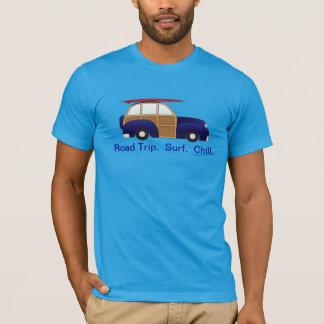 青いWoodyの暗闇のティーとの遠征、波、及び冷え Tシャツ
