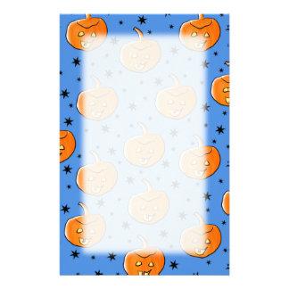 青およびオレンジハロウィンのカボチャパターン 便箋