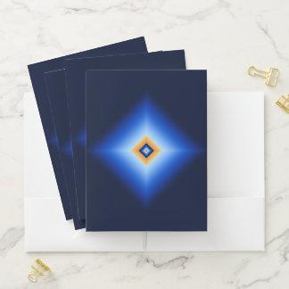 青およびタンのダイヤモンド ポケットフォルダー