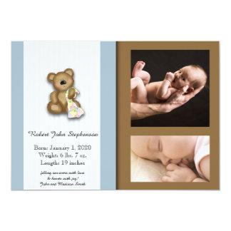 青およびブラウンのテディー・ベアの写真の赤ん坊の発表 カード