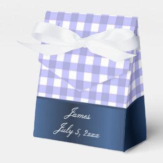 青および白いギンガムの男の赤ちゃんのシャワー フェイバーボックス