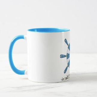 青および白い船の車輪 マグカップ
