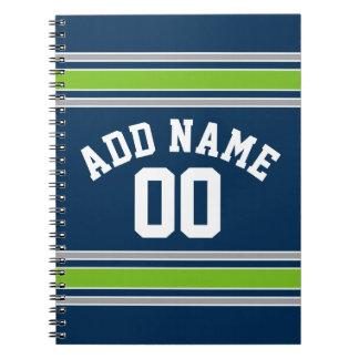 青および緑のスポーツのジャージーの名前をカスタムする数 ノートブック