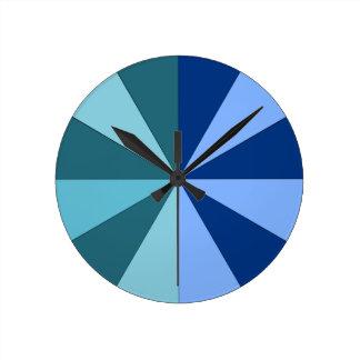 青および緑の色合い ラウンド壁時計