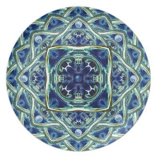 青および緑土の曼荼羅の装飾的なプレート プレート