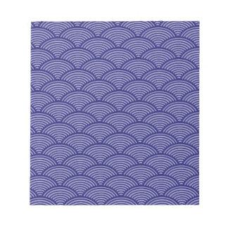 青か紫色の日本のな波パターン ノートパッド