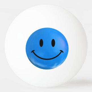 青く幸せでにこやかなピンポン球 卓球ボール
