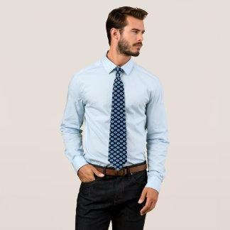 青く幾何学的な星のデザインのタイ ネクタイ