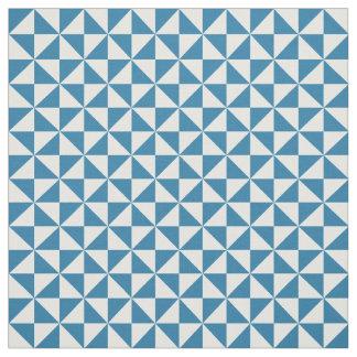 青く白くモダンな三角形パターン生地 ファブリック
