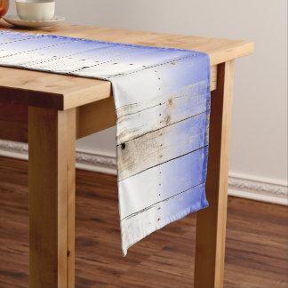 青く白く素朴な開拓されたBarnBoardは色を遊ばします ロングテーブルランナー