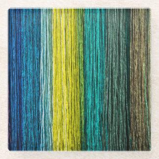 青く黄色および緑のカラフルなガラスコースター ガラスコースター