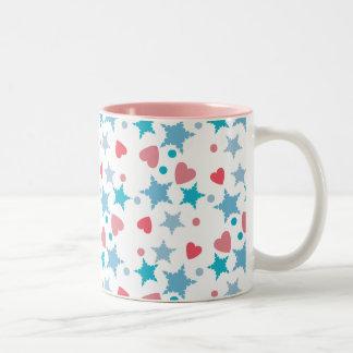 青く、ピンクの紙吹雪 ツートーンマグカップ