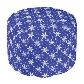 青で白い雪片 プーフ