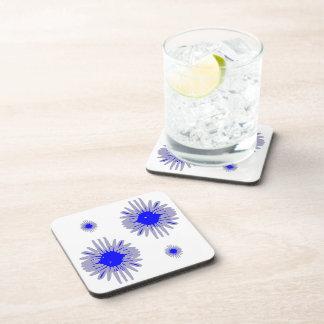 青によってはコースターのパターンで小さい2大きい2つが開花します コースター