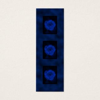 青のバラ。 黒く、深い青を使って スキニー名刺