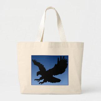 青の狩りのワシ ラージトートバッグ