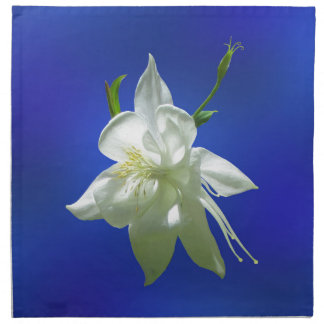 青の白いオダマキ(植物) ナプキンクロス