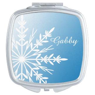 青の白い冬の雪片