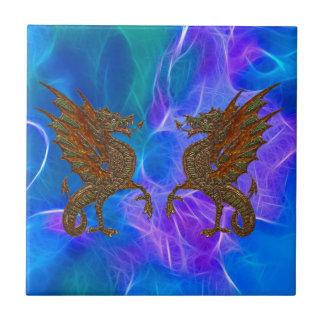 青の金ゴールドのウェールズのケルト族のドラゴンIII タイル