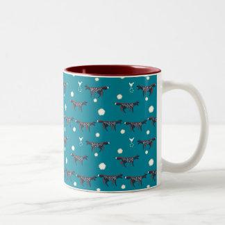 青の鳥そして星を持つキツネ ツートーンマグカップ