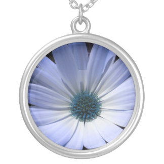 青デイジーの花のネックレス シルバープレートネックレス