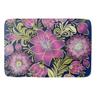 青及び紫色ぼろぼろの花 バスマット