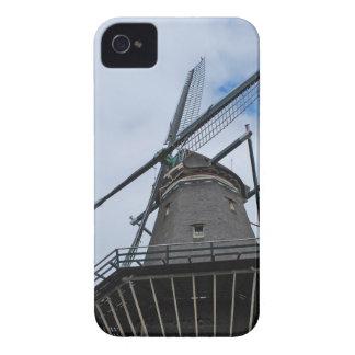 青空が付いているアムステルダムの風車 Case-Mate iPhone 4 ケース