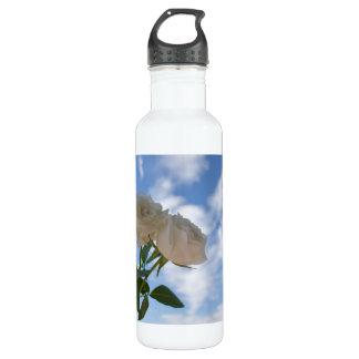 青空に対する白いバラ ウォーターボトル
