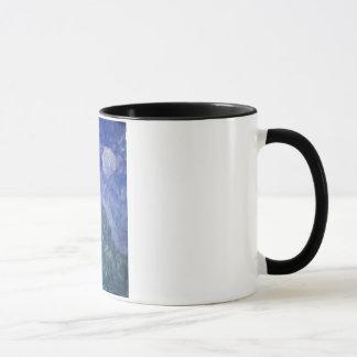 青空の丘のマグ マグカップ