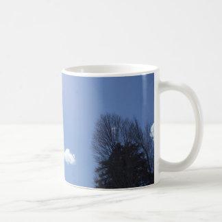 青空の白い雲 コーヒーマグカップ