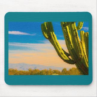 青空の砂漠のサグアロのサボテン マウスパッド