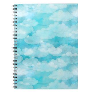 青空、白い雲、Cloudscapeの曇り空 ノートブック