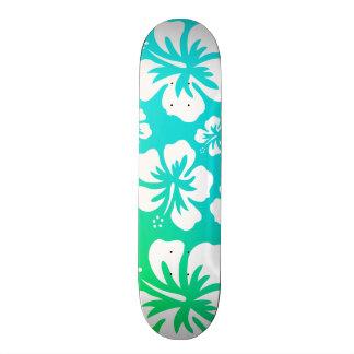 青緑のハイビスカス スケートボード