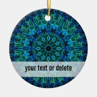 青緑の宝石の万華鏡のように千変万化するパターン セラミックオーナメント