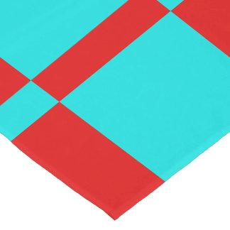 青緑色および赤いタイルを張られたテーブルのランナー ショートテーブルランナー